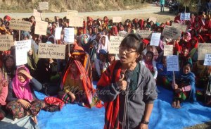 Protesting a Naga girl molest by KCP